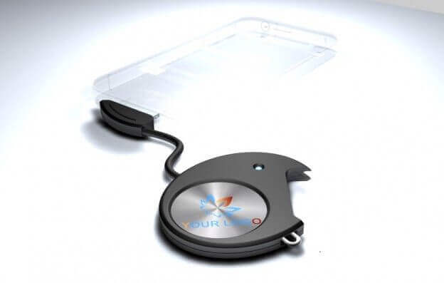 Universal Qi-Adapter Qi2001 mit iPhone 4